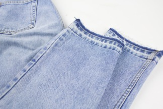 Kinsu released hem jeans-2