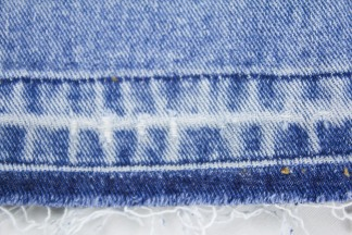Kinsu released hem jeans-9